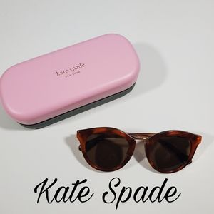 Kate Spade Sunglasses case and lens cloth NWOT